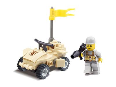 KAZI / GBL / BOZHI KY84018 Field Troops: Rocket Commando assault vehicles, wheeled combat vehicles, etc. 4 0